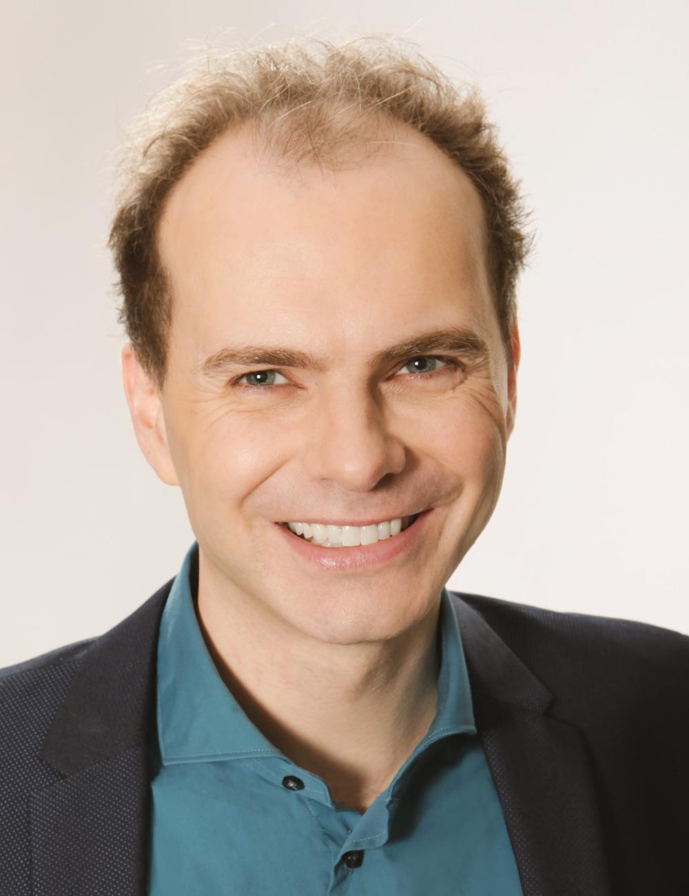 Portrait Uwe Halla